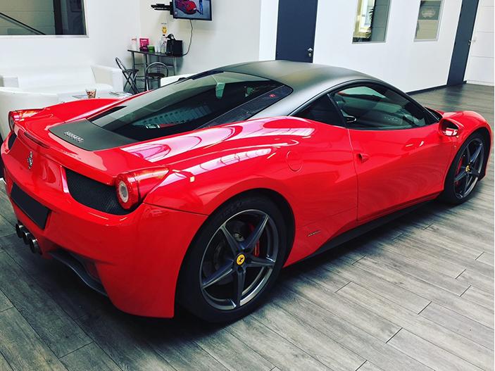 Luxembourg-Location_Ferrari-458-Italia